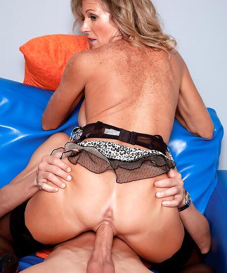 Cougar Ass